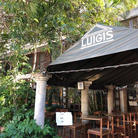 Luigi 39 s m rida fotos n mero de tel fono y restaurante for Hoteles en merida con piscina