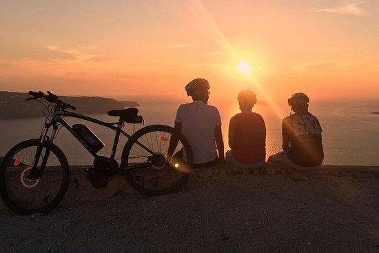 Santorin Romantique Sunset eBike Tour
