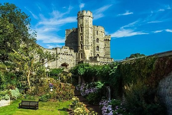 Full Day Tour to Windsor and Winchester...