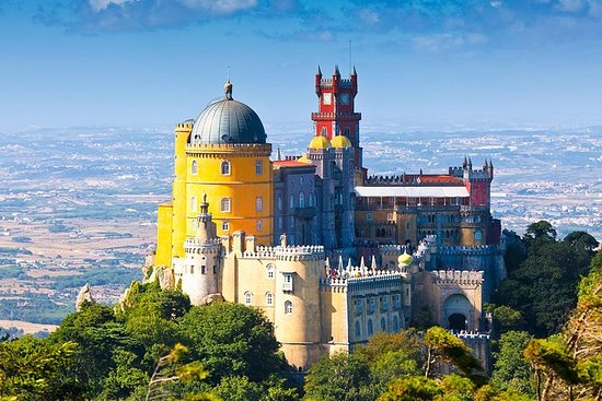 Sintra and Cascais Small-Group...