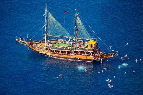 Blau Laguna en bateau avec soirée...