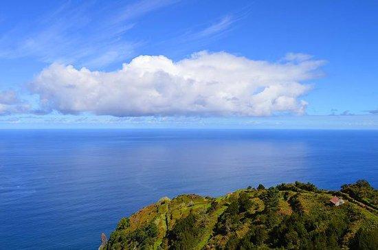 フンシャルからのマデイラ島西日本小グループツアー