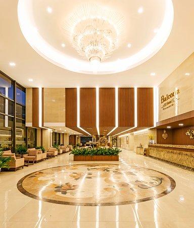 Balcona's  Lobby
