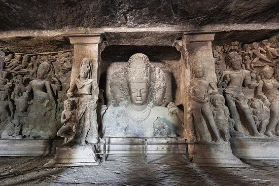 Sightseeing tour with Elephanta cave...