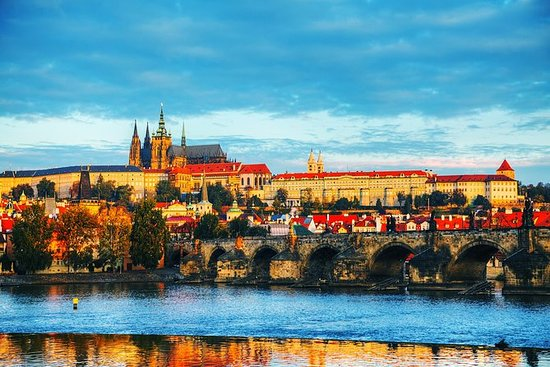 Full Day City Tour of Prague med...