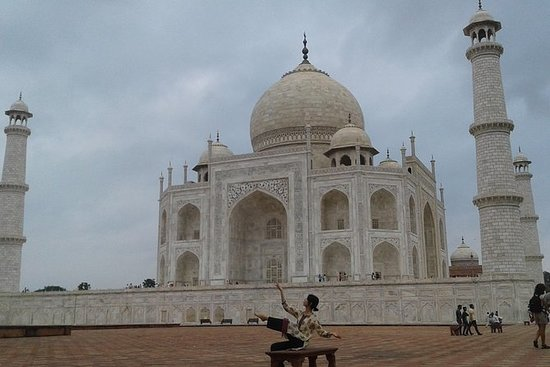 One Day Exclusively Grand Tour of Taj...