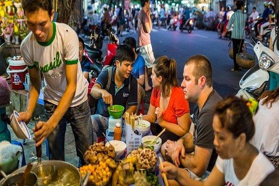 Hanoi Street Food Tour med Expert...