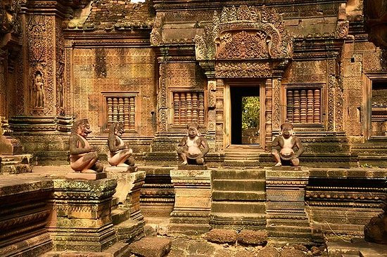 Full-Day Banteay Srei & 4 Temples...