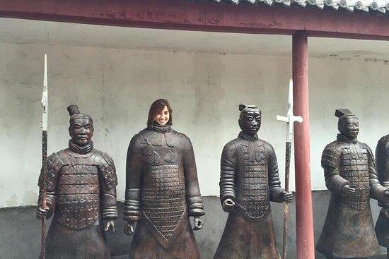 Xian Group Tour: Discover Qin Dynasty...