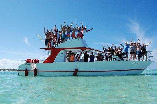 Combo de aventura: crucero en barco...