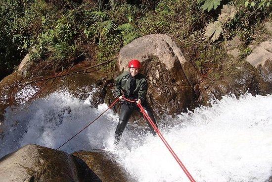 Descenso de barrancos Río Blanco...