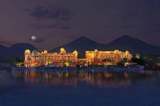 Excursão noturna à cidade de Jaipur...