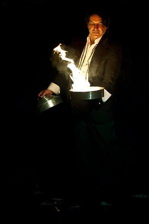 The Magicians Cabaret: La Fortuna Cabaret Dinner Show