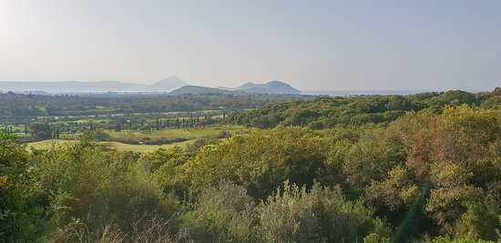 Messenia Region, Grécia: Scenery from the 6th tee of the Dunes Course (similar to the view from the Flame restaurant)