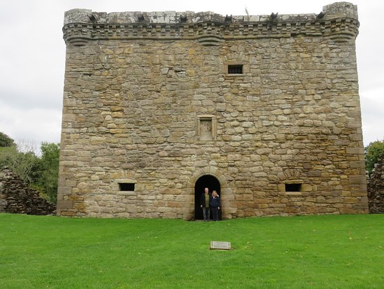 The main tower at Craignethan Castle