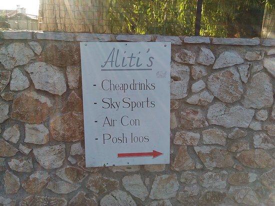 Alitis Bar: Posh loos
