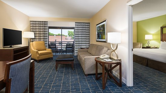 Doubletree Suites By Hilton Hotel Charlotte Southpark Updated 2019 Prices Reviews Photos