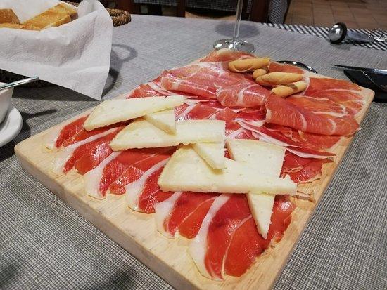Benisoda, Espanha: Tabla de jamón y queso