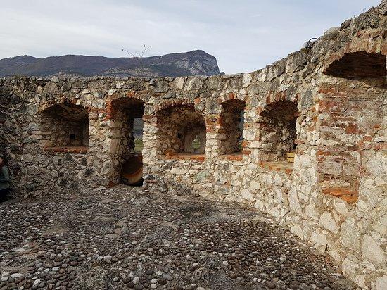 Calliano, Italia: Castel Pietra