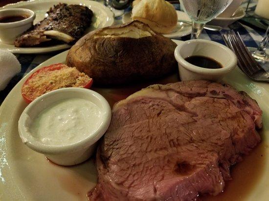 The Angus Barn: combination filet/ribs