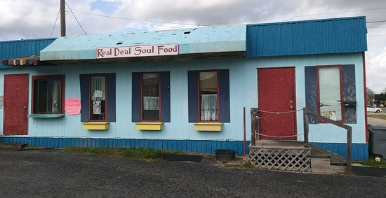 Weimar, TX: Real Deal Soul Food