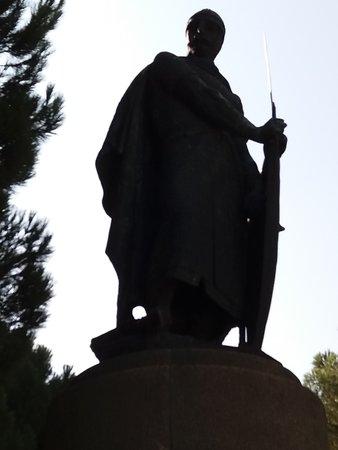 D. Afonso Henriques - Estatua em bronze