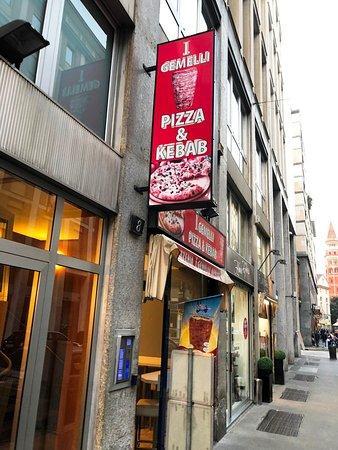I gemelli pizza kebab milano centro storico for Gemelli diversi ristorante milano