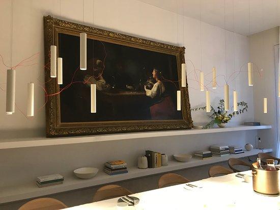 love the breakfast dining room