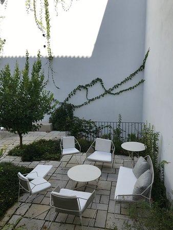 Beautiful courtyard to enjoy