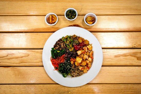 Mesonería Gourmet: Shinjitsu nos consiente con el toque oriental en su gama de Teppanyaki, Yakimeshi y sopas Udon... ¡Están  deliciosos!