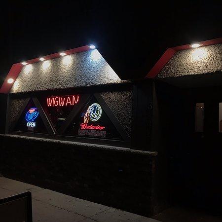 Wigwam Tavern