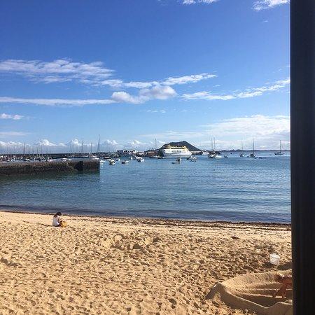 Beach - H10 Ocean Suites Photo