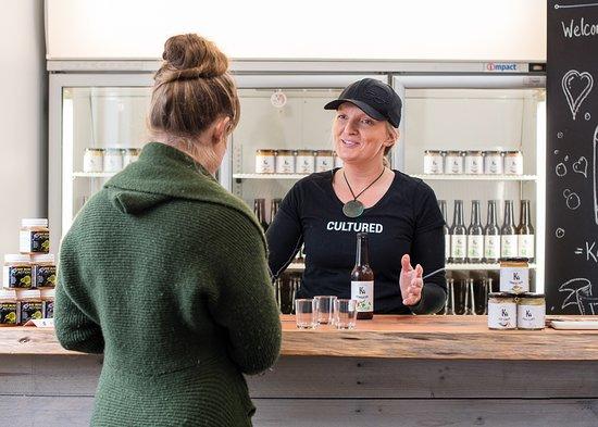 Haruru, New Zealand: Tasting Kombucha at The K4 Brewery