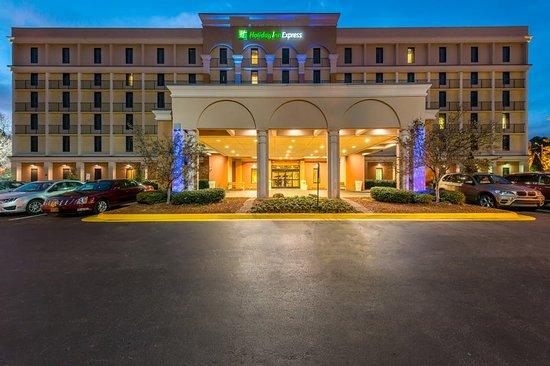 Holiday Inn Express Atlanta Airport 119 ̶1̶3̶9̶