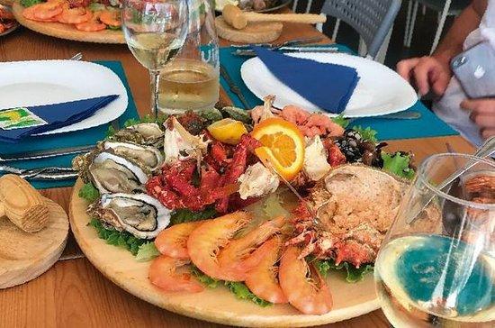 Bike tour Food and fun with Sea food...