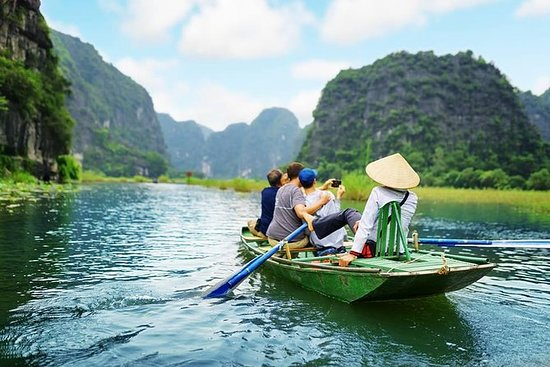 Ninh Binh Luxury Full Day Tour med...