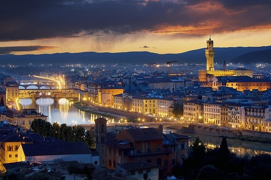 SEMI-PRIVATE: Florence by night and...