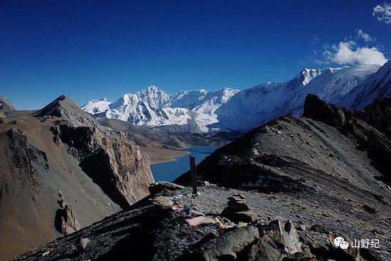 Annapurna Circuit with Tilicho Lake