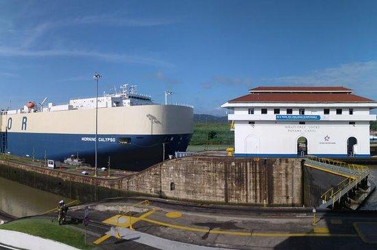 Tour no Canal do Panamá e Ilhas dos...