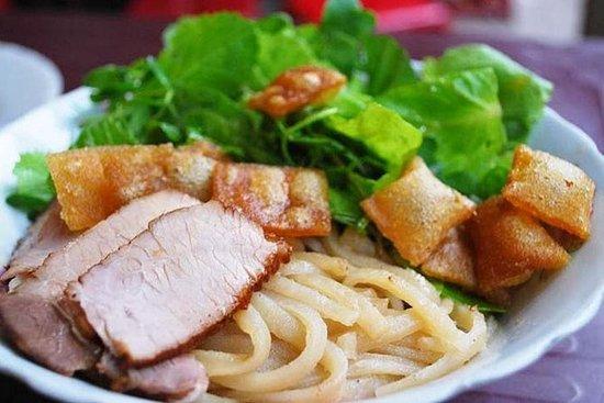 Excursão de comida de rua de Hoi An...