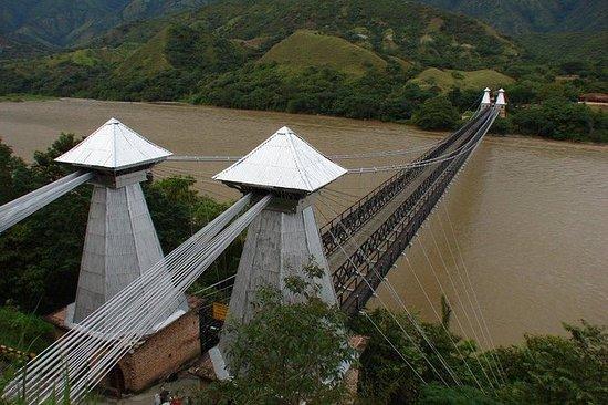 Santa Fé de Antioquia desde Medellín