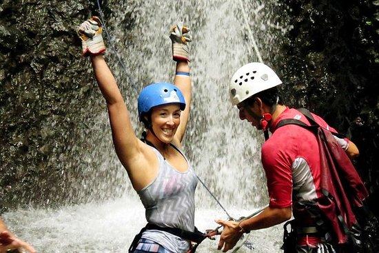 Rappel en las cascadas y rafting en...