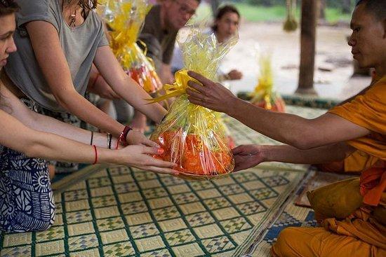 Buddist Monk Velsignelse og Lokal Båt...