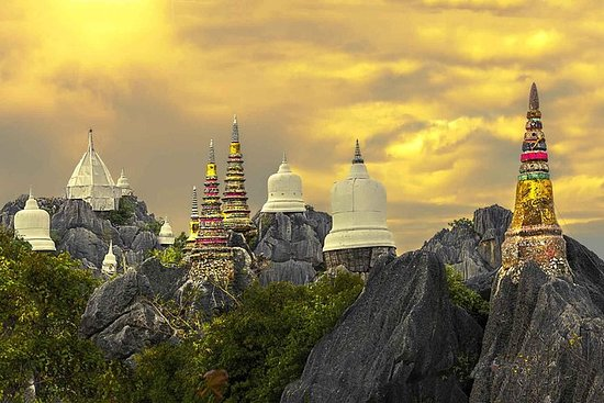 Templi invisibili Full Day a Lampang