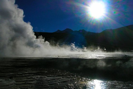 El Tatio Geyser and Machuca Tour