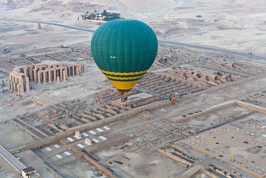Passeio de balão de ar quente em Luxor