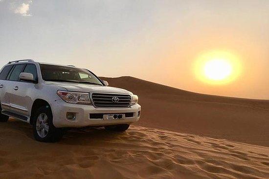 Sunset Desert Safari med BBQ Middag...