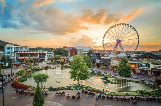 Smoky Mountain Theme Park & Museum...