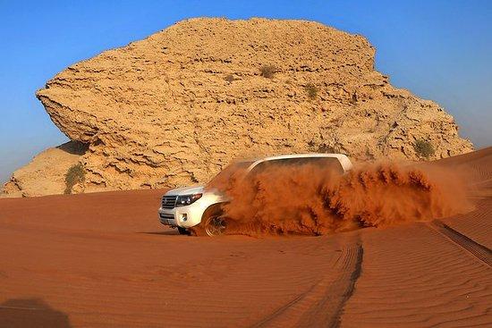 Safari por el desierto de Dubái y...