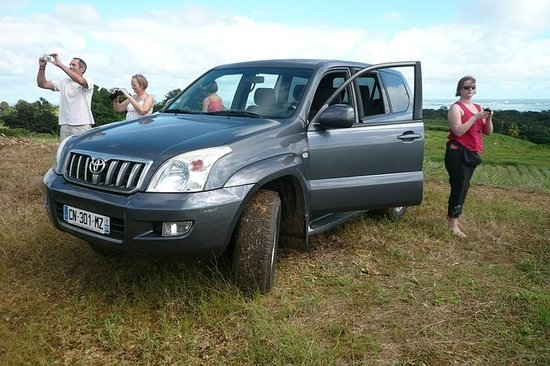 Full-Day Guided 4 x 4 Tour of...